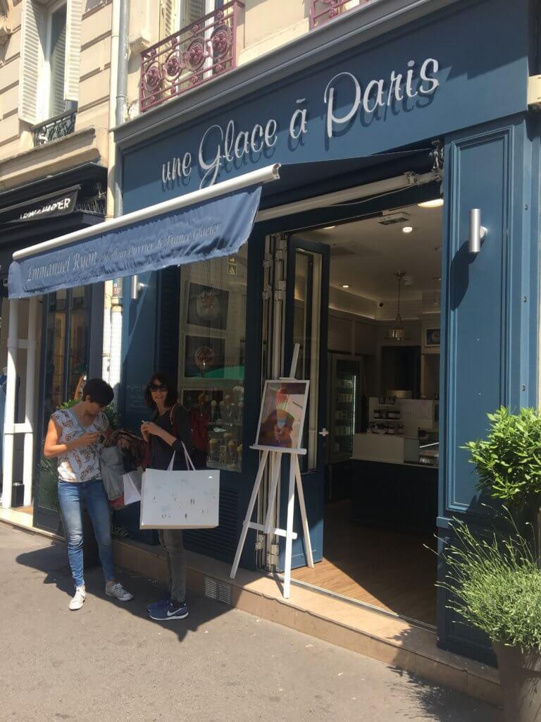 Un Glace a Paris