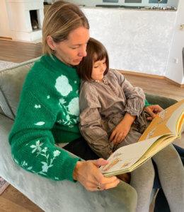 Mutter_liest_vor
